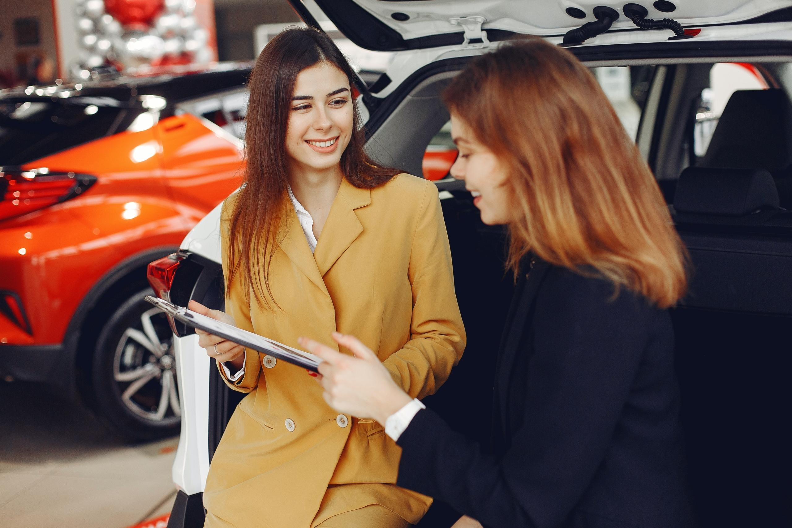Bild Beratung Verkauf Auto